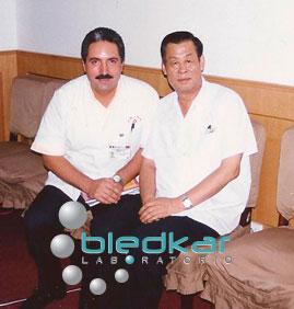 DR. SHI XUE MIN MAESTRO CHINO del curso de acupuntura
